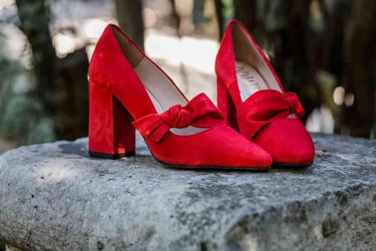 zapato rojo invierno